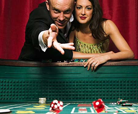 Everyone Benefits From Playing At An Online Casino